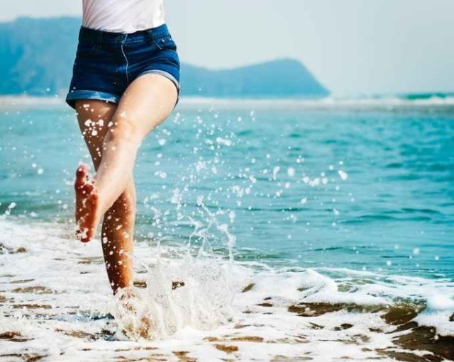 Life - splashing water